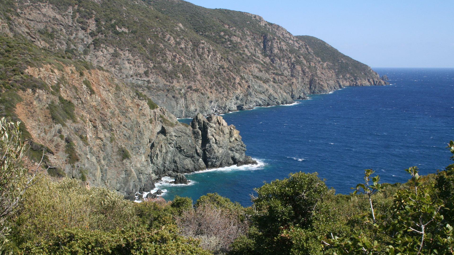 sailing Halkidiki to Skiathos